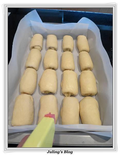 椰子麵包捲做法12.jpg