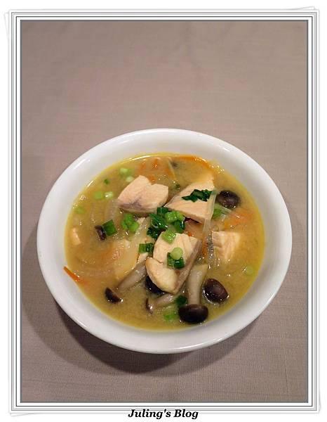 鮭魚味噌湯2.JPG