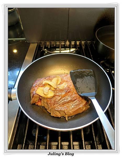 用電飯鍋做韓式烤肉醬燒牛肉做法2.jpg