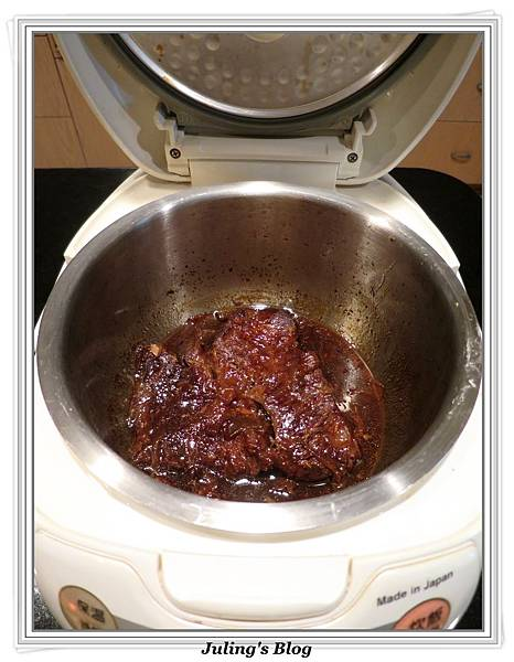 用電飯鍋做韓式烤肉醬燒牛肉做法7.jpg