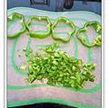 青椒肉餅做法1.jpg
