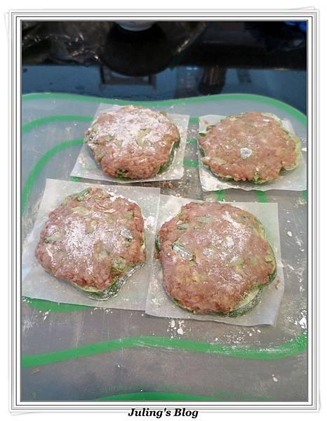 青椒肉餅做法5.jpg