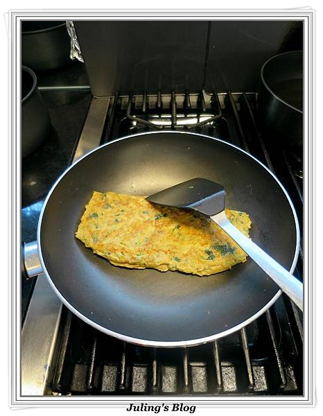 金菇煎蛋做法5.JPG