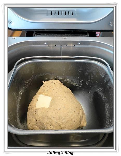 伯爵奶酥麵包做法2.JPG