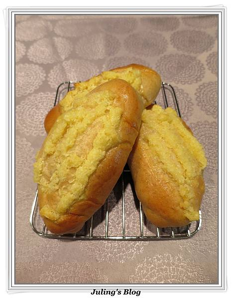 椰蓉麵包2.JPG