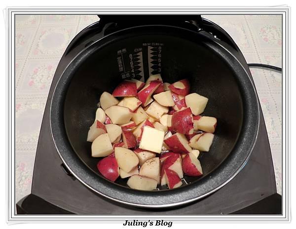 奶香蒜味馬鈴薯做法3.JPG