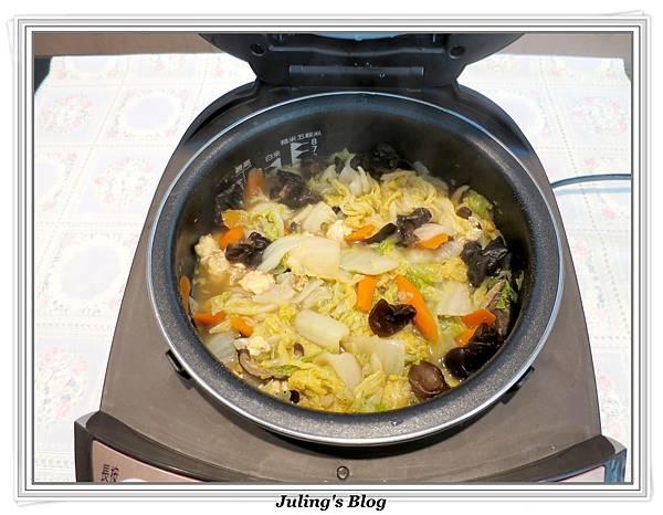 白菜滷做法13.JPG