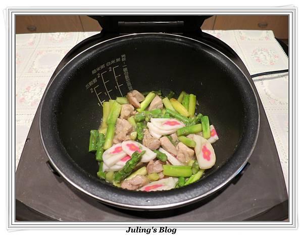 雞肉炒蘆筍做法15