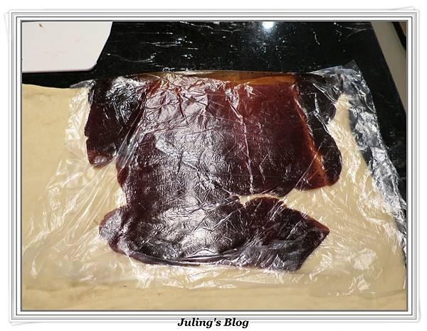 豆沙肉鬆麵包做法12.JPG