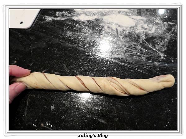 榛果巧克力麵包做法14.JPG
