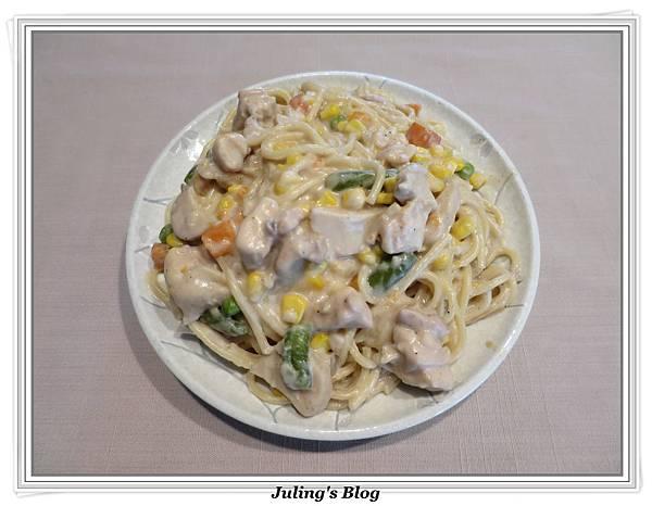 白醬義大利麵1.JPG