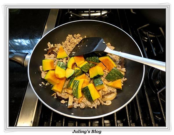 南瓜燉飯做法7.JPG