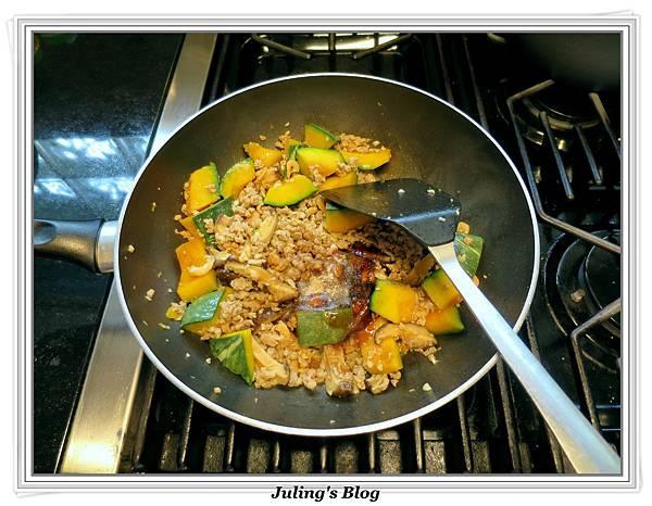 南瓜燉飯做法9.JPG