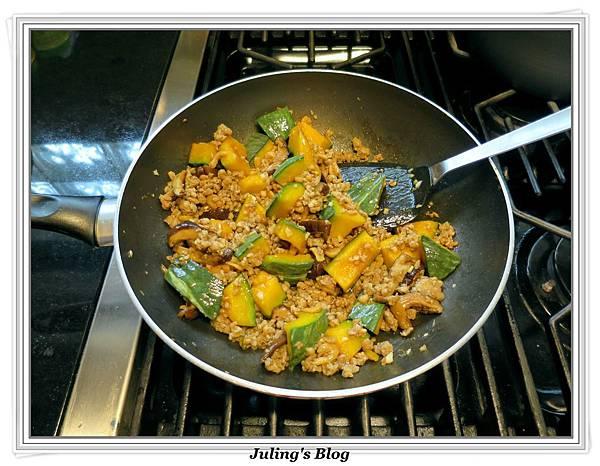 南瓜燉飯做法10.JPG