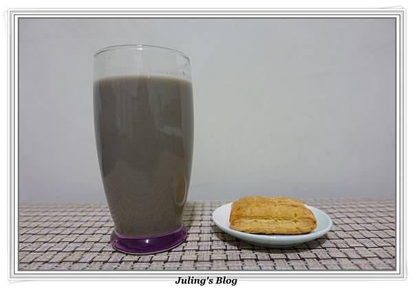 玉米黑豆漿2.JPG