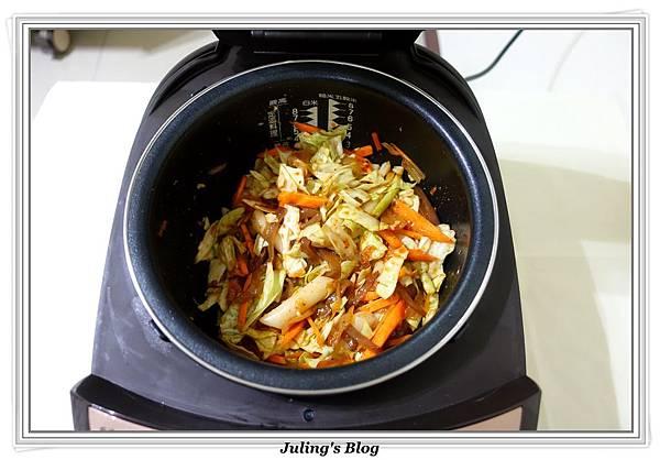 韓式泡菜炒年糕做法5.JPG