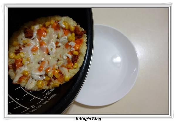 剩飯做米披薩做法12.JPG