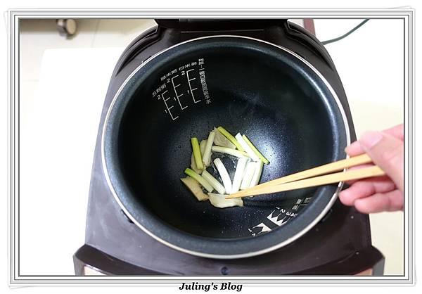 家常油豆腐做法3.JPG