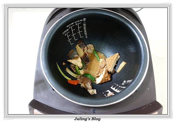 家常油豆腐做法12.JPG