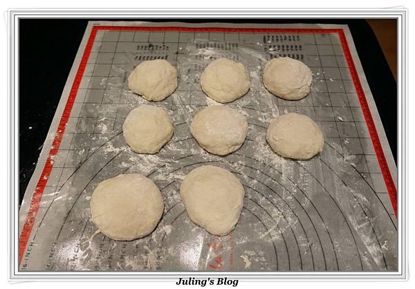 芝麻糖餡餅做法9.JPG