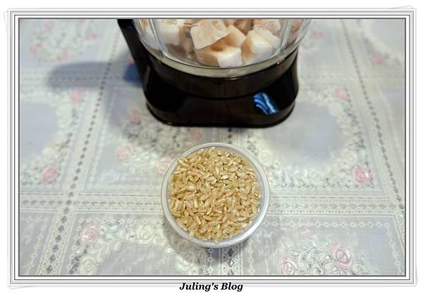 蓮藕糙米粥做法1.JPG