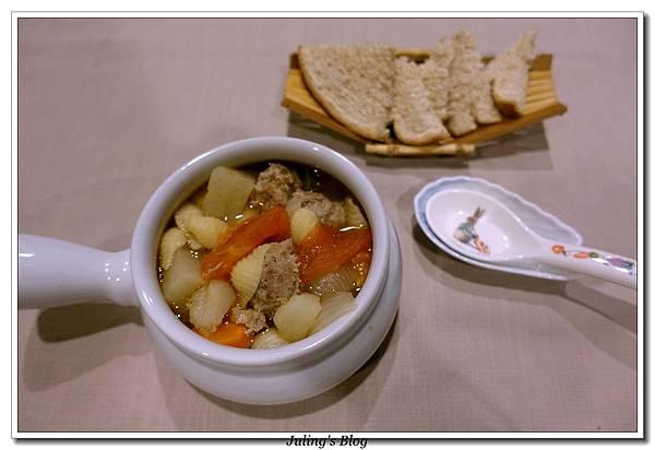什蔬麵湯3.JPG
