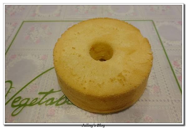 優格戚風蛋糕1.JPG