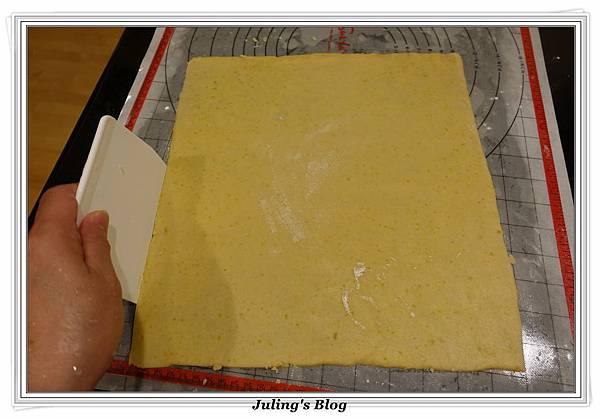 香酥鹹蛋黃餅乾做法17.JPG