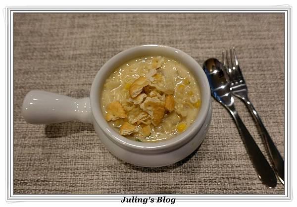 泡麵玉米濃湯2.JPG