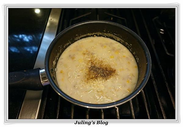 泡麵玉米濃湯做法7.JPG