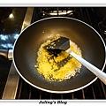 鹹蛋青花菜做法3.JPG