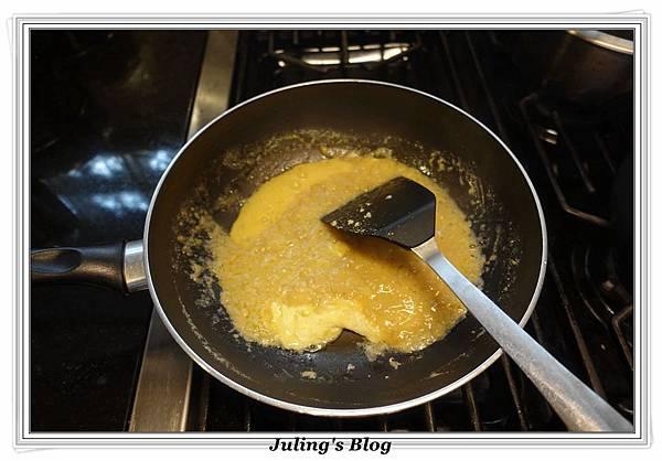 鹹蛋青花菜做法6.JPG