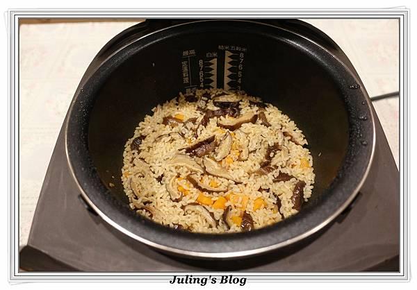 鮭魚菜飯做法17.JPG