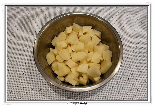 烤熱狗馬鈴薯做法1.JPG