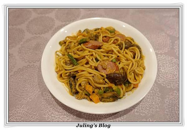 自製義大利麵醬2.JPG