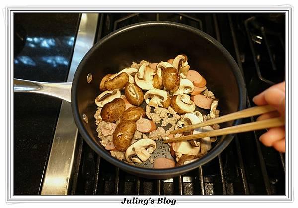自製義大利麵醬做法12.JPG