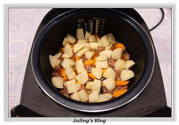 馬鈴薯燉飯做法5.JPG