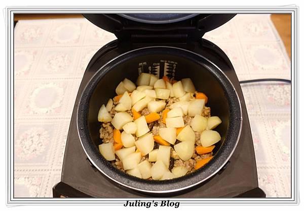 馬鈴薯燉飯做法7.JPG