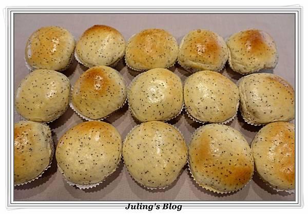 超軟奇亞籽麵包1.JPG
