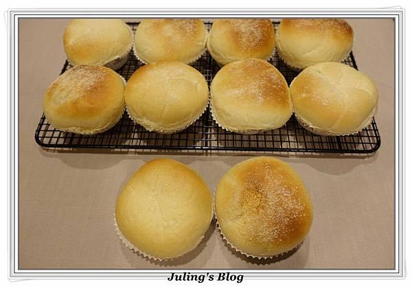 克寧姆麵包1.JPG