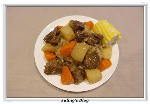 洋芋燉牛肉1.JPG