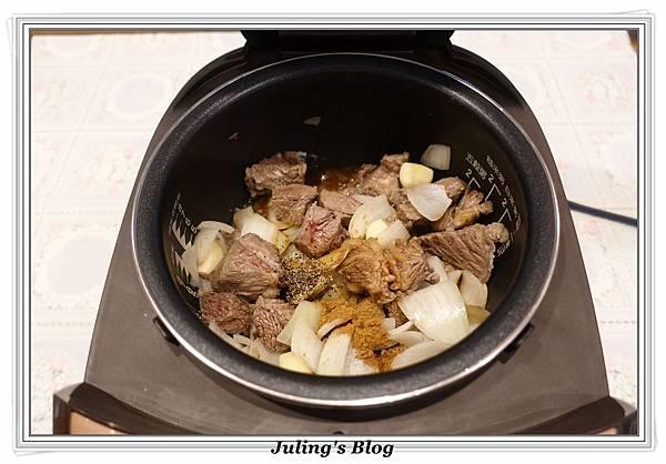 洋芋燉牛肉做法6.JPG