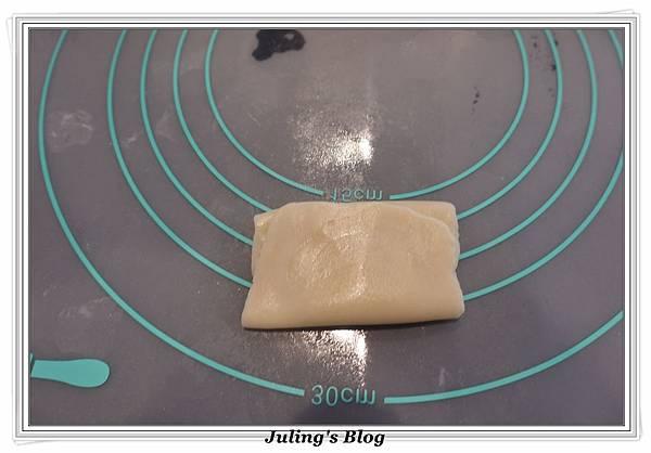 香酥芝麻燒餅做法12.JPG