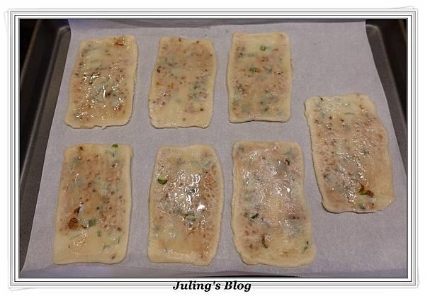 香酥芝麻燒餅做法19.JPG