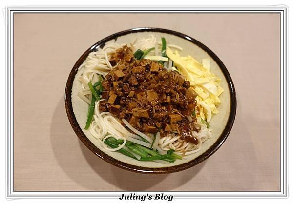 炸醬麵1.JPG