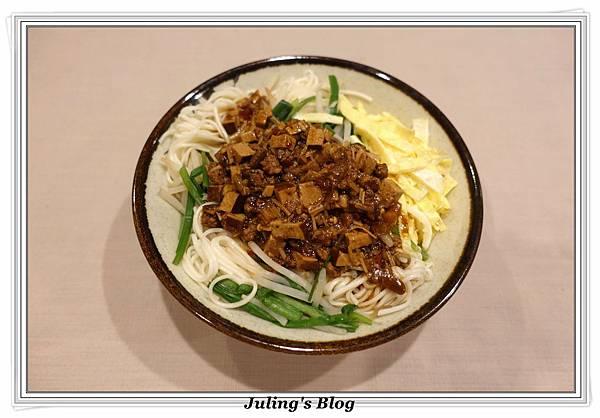 炸醬麵2.JPG