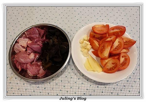木耳番茄燉肉做法1.JPG