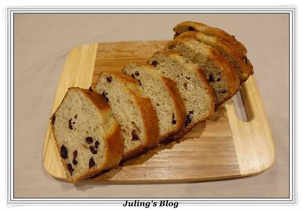 蔓越莓香蕉磅蛋糕1.JPG