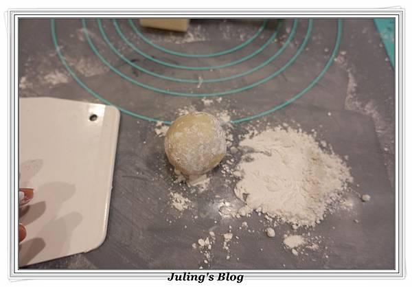 蔓越莓椰蓉月餅做法12.JPG