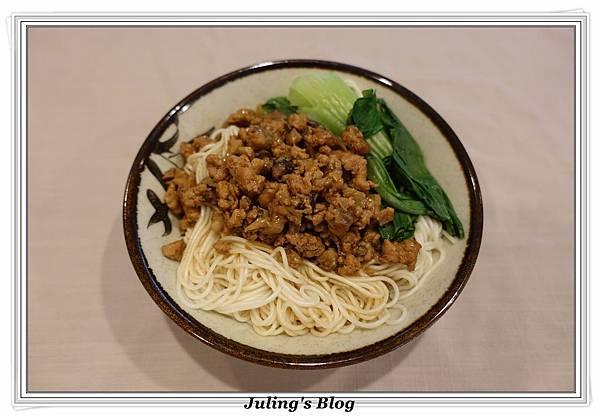香菇肉燥3.JPG